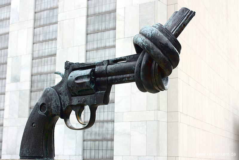 New York: The Knotted Gun