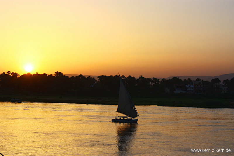 Aegypten: Sonnenuntergang am Nil